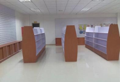 深圳宝安圣诞礼品展柜设计装修案例图4